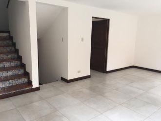 Casa en Venta zona 14 - thumb - 118500