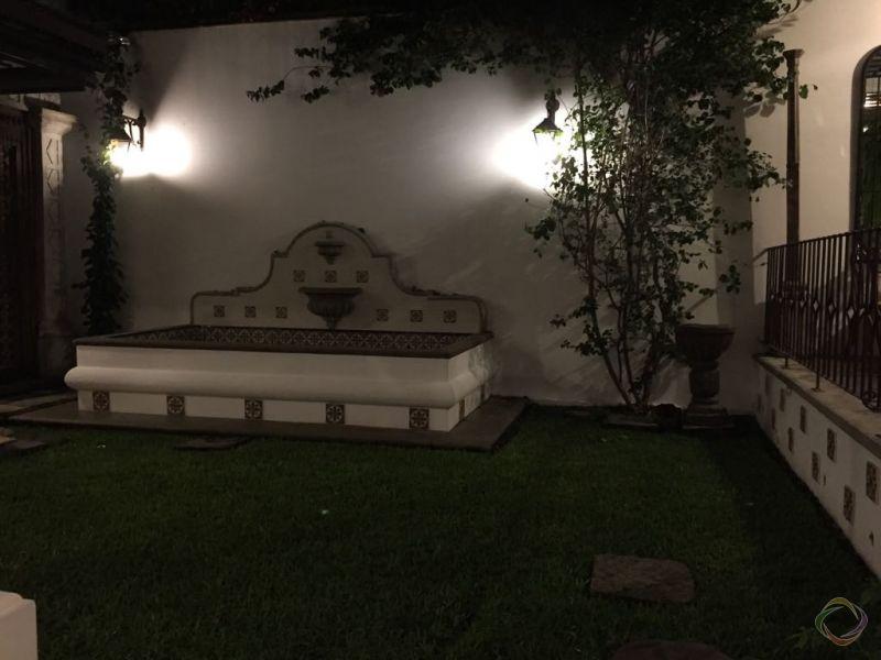 Casa en el Casco de Antigua en Venta - large - 118565