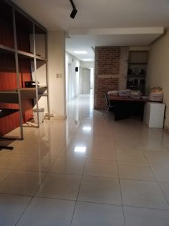 Casa para Oficinas en Zona 13 - thumb - 123094