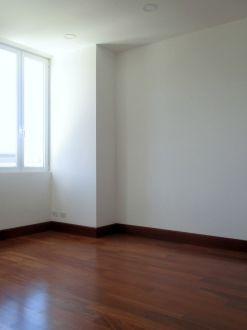 Apartamento con Jardin zona 15 - thumb - 118627