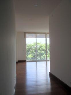 Apartamento con Jardin zona 15 - thumb - 118636