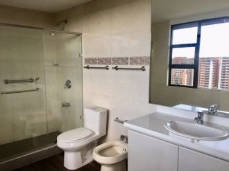 Apartamento en Venta y Alquiler Zona 14 - thumb - 119114