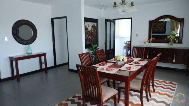 Apartamento amplio edificio Dos Valles zona 15 - large - 123547