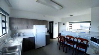 Apartamento amplio edificio Dos Valles zona 15 - thumb - 123550