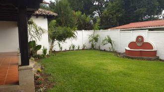 Vendo Casa dentro de Condominio Antigua Guatemala - thumb - 119295