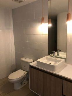 Apartamento en venta completamente remodelado  Zona 15  - thumb - 119470