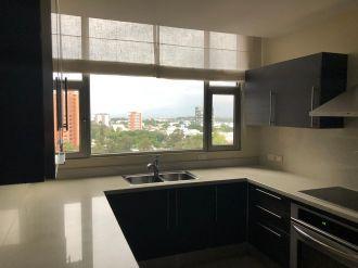 Apartamento en alquiler en zona 14 - thumb - 119513