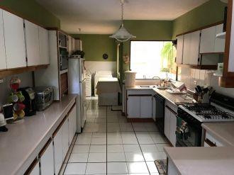 Casa en San Gaspar zona 16 - thumb - 119679