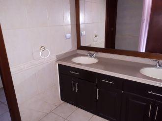 Apartamento en alquiler zona 14 - thumb - 120415