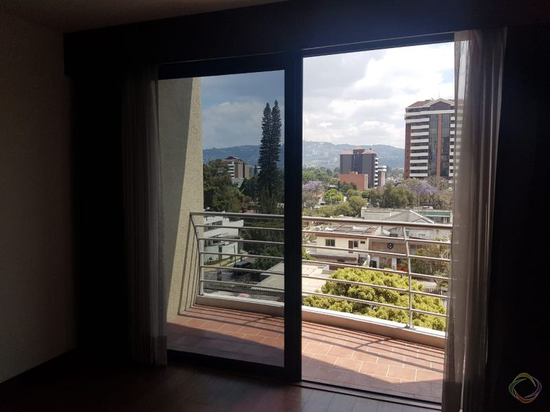Apartamento en zona 14 - large - 120963