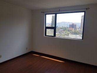 Apartamento en zona 14 - thumb - 120968