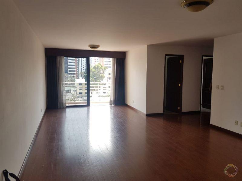 Apartamento en zona 14 - large - 120970