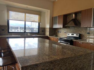 Apartamento PH Oakland en Condominio - thumb - 122105