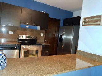 Apartamento en renta en zona 14. Completamente amueblado - thumb - 125303