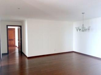 Apartamento en zona 15 - thumb - 122613