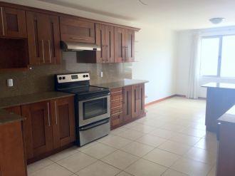 Apartamento en zona 15 - thumb - 122614