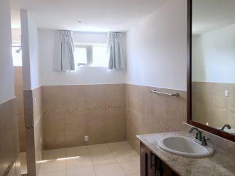 Apartamento en zona 15 - thumb - 122615