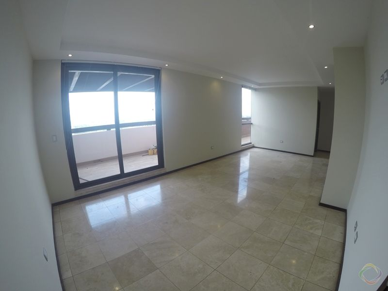 Apartamento con Terraza y Pergola - large - 122828