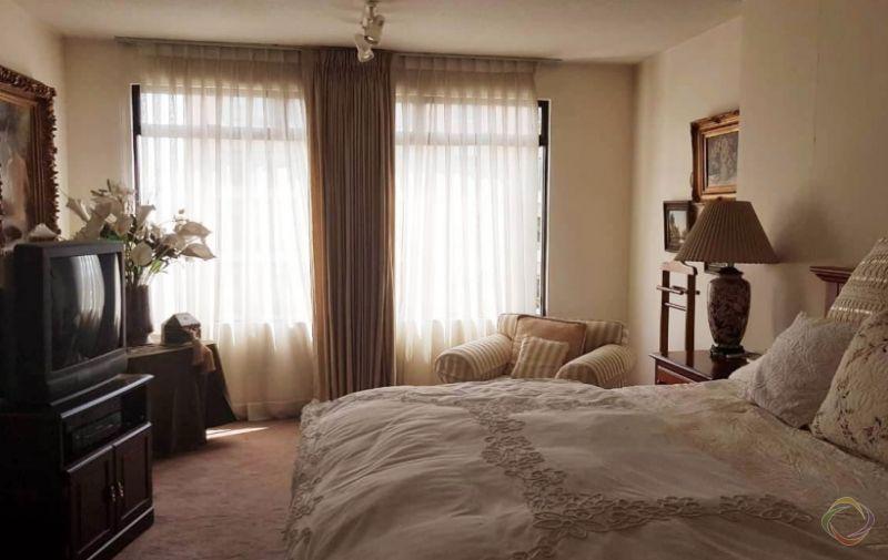 Apartamento amueblado en zona 10 - large - 124113