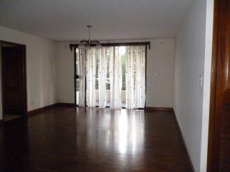 Renta apartamento zona 14 Almeira - thumb - 124174