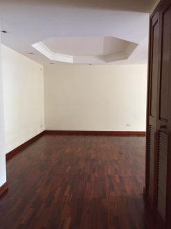 Renta apartamento zona 14 Almeira - thumb - 124186