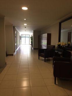 Renta apartamento zona 14 Almeira - thumb - 124187