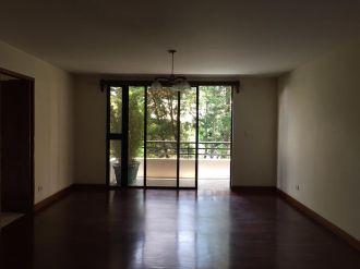 Renta apartamento zona 14 Almeira - thumb - 124189