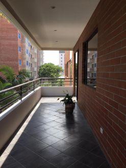 Renta apartamento zona 14 Almeira - thumb - 124195