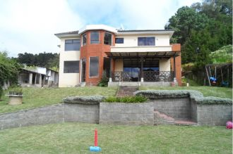 Casa con amplio Jardin en km.16.5 Cond. Rancho Verde - thumb - 124407