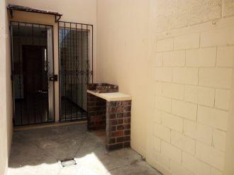 Townhouse en Condominio El Acueducto zona 10 - thumb - 124444