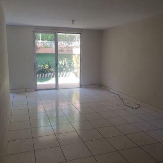 Townhouse en Condominio El Acueducto zona 10 - thumb - 125120
