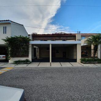Townhouse en Condominio El Acueducto zona 10 - thumb - 125121