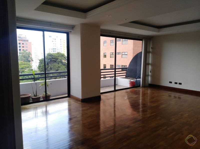 Apartamento en alquiler en San Ignacio I - large - 124524