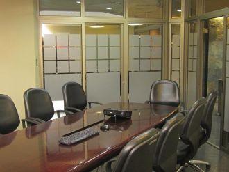 Oficina amplia en Avenida Reforma zona 9  - thumb - 124751