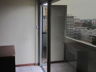 Oficina amplia en Avenida Reforma zona 9  - thumb - 124753