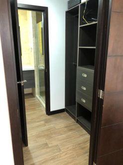 Apartamento amplio y amueblado en zona 15 - thumb - 124803