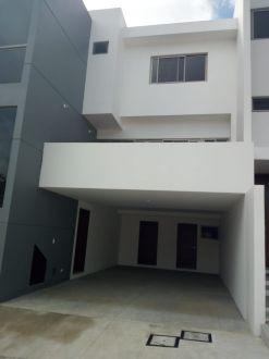 Casa en renta en zona 16 - thumb - 125258
