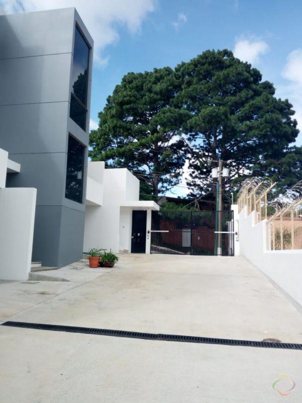 Casa en renta en zona 16 - large - 125263