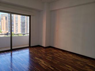 Apartamento Torre Quattro zona 14 - thumb - 125685