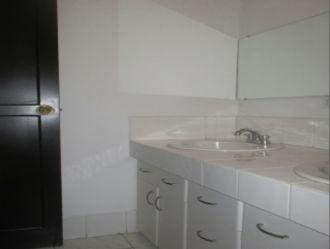 Apartamento amplio en zona 10  - thumb - 125806