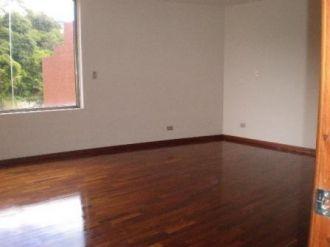 Bella Casa en Renta - Zona 14 - thumb - 126363