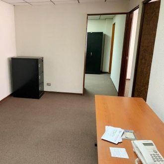 Oficina de 62 m2 en zona 10 para Inversión - thumb - 126446