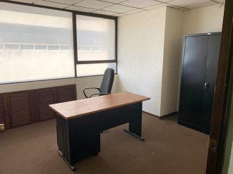 Oficina de 62 m2 en zona 10 para Inversión - thumb - 126447