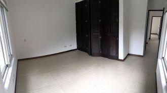 Casa en Reina Sofia Zona 10 - thumb - 126626