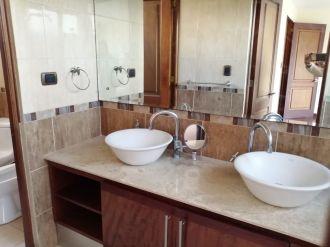 Apartamento en renta amueblado y equipado. Zona 14 - thumb - 126750