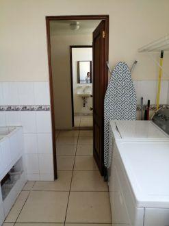 Apartamento en renta amueblado y equipado. Zona 14 - thumb - 126753