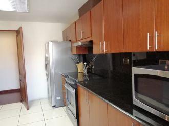 Apartamento en renta amueblado y equipado. Zona 14 - thumb - 126763