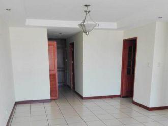 Apartamento en Zona 10 - thumb - 127251