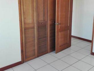 Apartamento en Zona 10 - thumb - 127253
