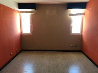 Casa en zona 14 La Villa, Remodelada - thumb - 128269